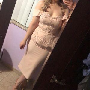 Dresses & Skirts - Beautiful soft blush pink Bardot